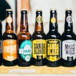 бутылки с пивом на фестивале крафтового пива в питере