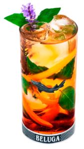 красивый коктейль на водке и биттере Beluga basil Fresh Белуга хантин Herbal