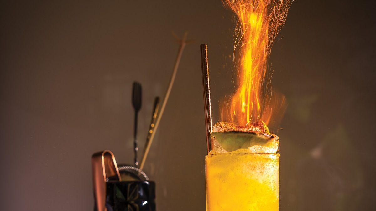 Тики коктейль с огнем