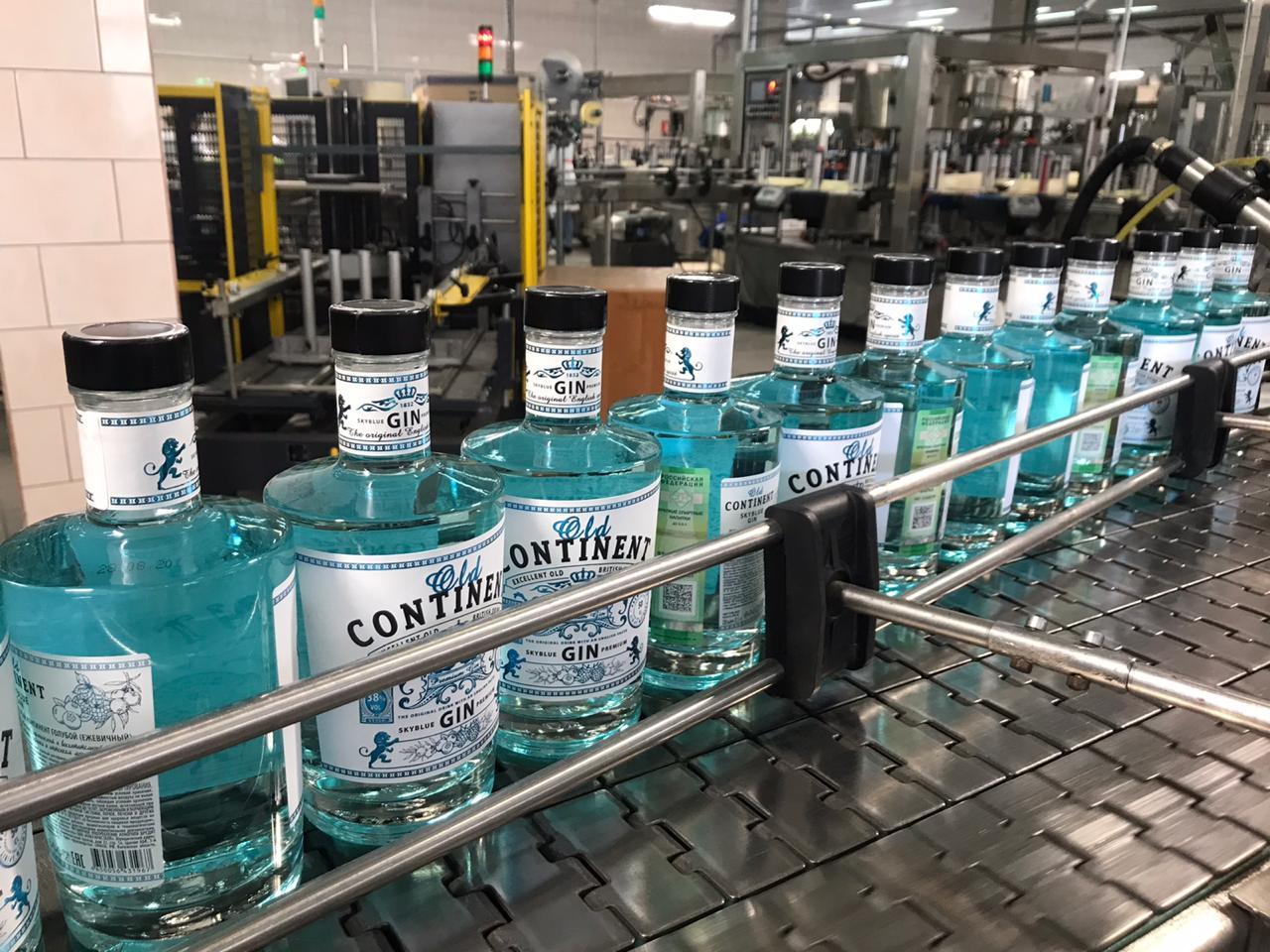 Новый российский джин Old Continent голубая бутылка