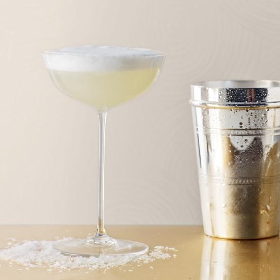 крема и пены в коктейлях техника приготовления смешанного напитка коктейль с пеной лецитин шапка на бокале