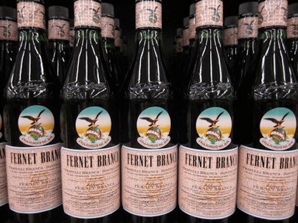 Фернет Бранка эргономика бутылки ликёр биттер алкоголь напиток