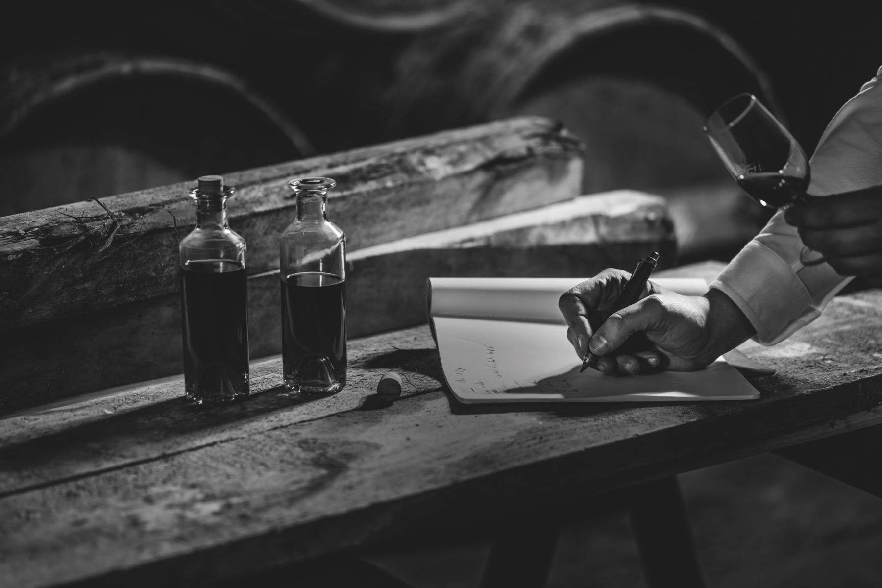 Батист Луазо — мастер погреба дома Rémy Martin мастер купажа роспись подпись эксклюзив