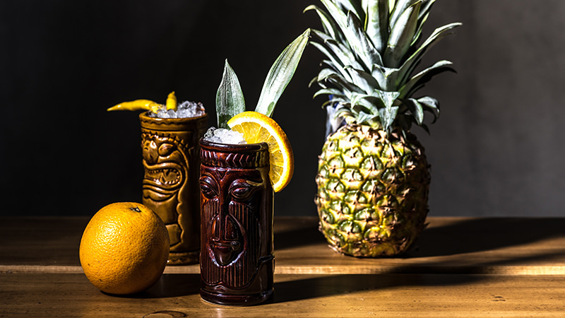 Тики коктейли и ананас
